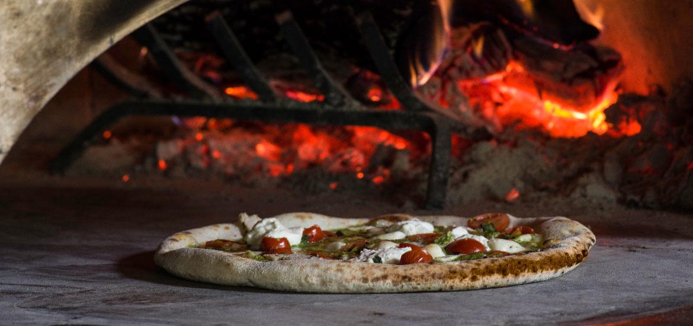 Pizzeria Bocce Patio Bar